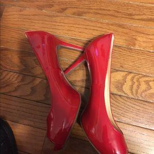 Liz Claiborne peep toe heels 9